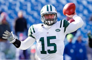 Illustration for article titled Report: Tim Tebow Learned How To Throw A Football