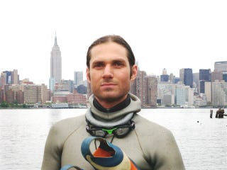 Illustration for article titled Free Diver From Brooklyn Dies Trying To Set American Record