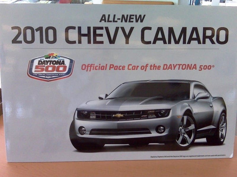 Illustration for article titled 2010 Chevy Camaro: Official Pace Car Of Daytona 500, Unofficially