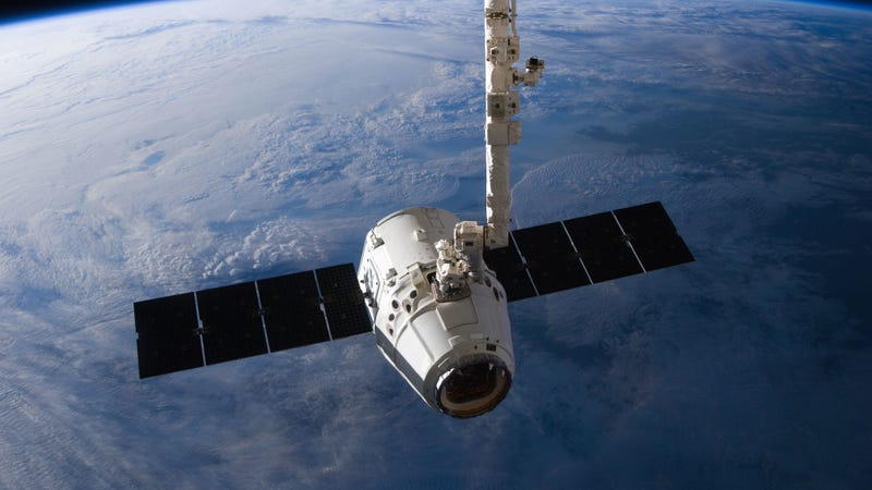 The SpaceX Dragon capsule just prior to release from the ISS. (Image: NASA)