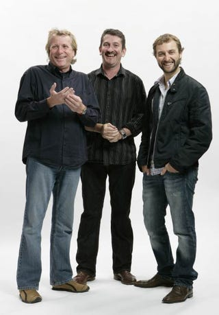 Illustration for article titled Top Gear Australia Hosts Revealed, We Patiently Await Ute Hoonage
