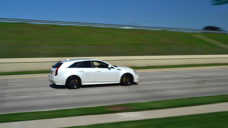 Illustration for article titled Your ridiculously cool CTS-V Sport Wagon wallpaper is here