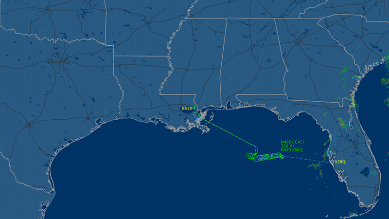 Illustration for article titled Plane With Unconscious Pilot Is Circling Out of Control Off the Gulf Coast (Update: It's Down)