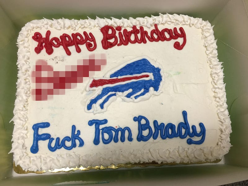 FiveYearOld Bills Fans Birthday Cake Has A Message For Tom Brady - Buffalo birthday cake