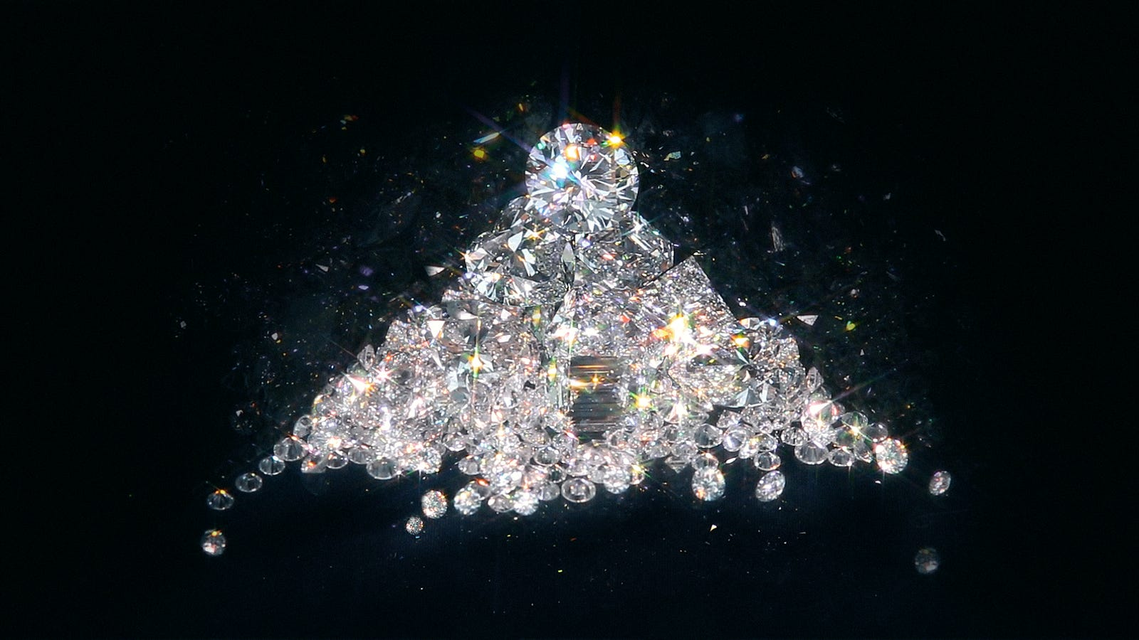 chemistry diamonds earther lab-grown-diamonds mining