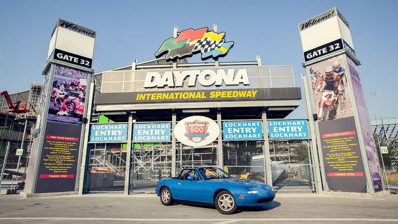 Illustration for article titled Among 800-hp Camaros at Daytona, our old Miata draws a crowd