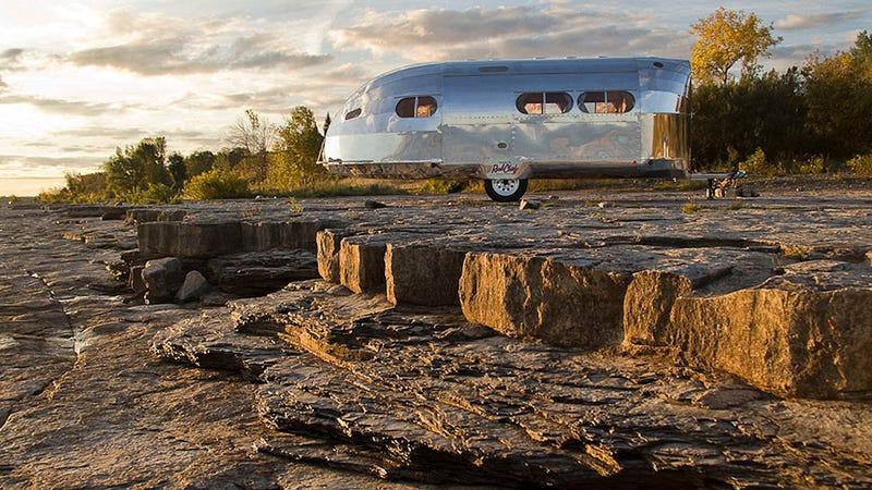 Esta es la caravana en la que querrás irte de vacaciones