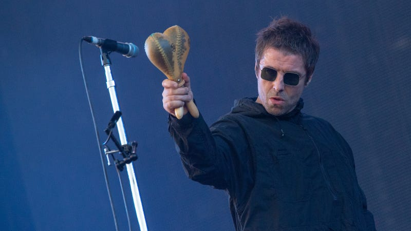 "Illustration for article titled Liam Gallagher to rowdy festival crowd: ""Which dickhead threw the fish here, then?"""