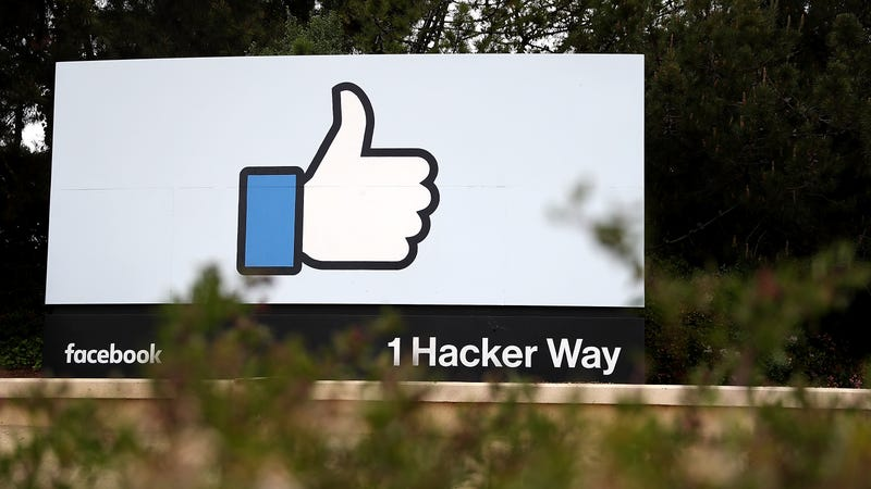 Facebook Does the Bare Minimum and Backs Off Opposition to California Privacy Bill