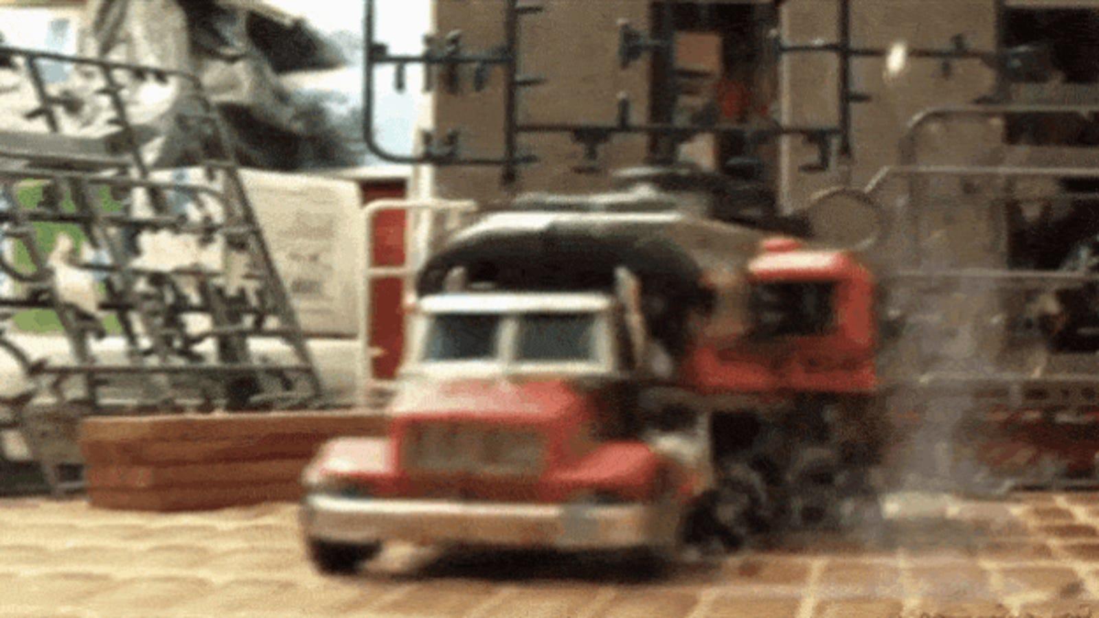 El corto de Transformers que haría palidecer de envidia a Michael Bay