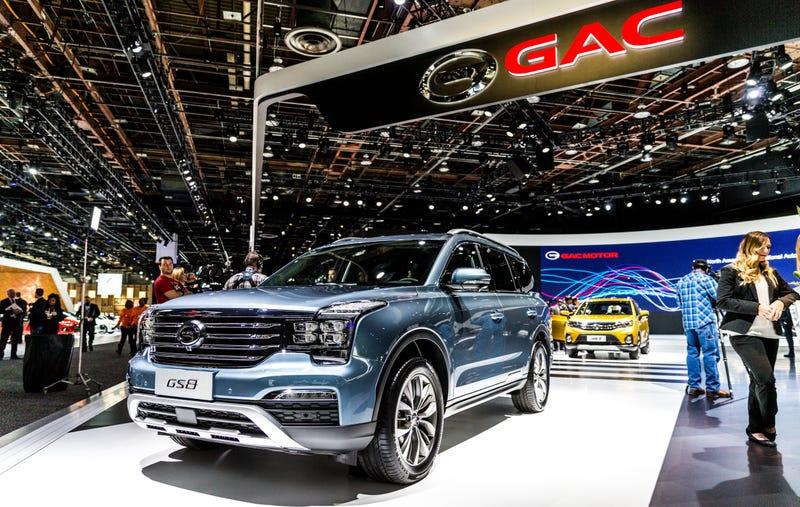 El GAC de China, que tiene una pantalla enorme en Detroit ...