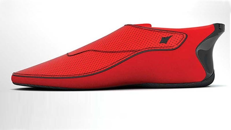 These Smartshoes Help the Blind Navigate City Streets