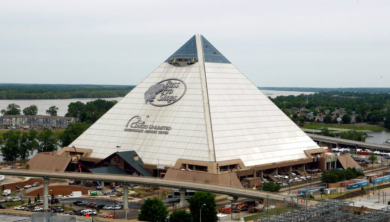 Illustration for article titled A Bass Pro Shop in a Pyramid Is Surely a Sign That The World Is Ending