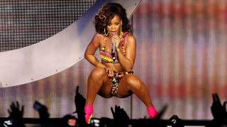 Illustration for article titled Rihanna Is Placed On A 'Health Watch'