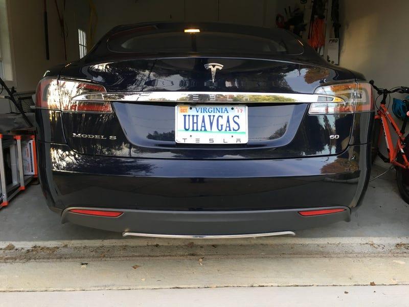 Illustration for article titled Got the S a month ago; wasn't a real Tesla owner til the smug vanity plates arrived