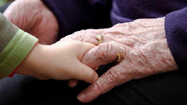 How to Balance Parenting and Elderly Caregiving