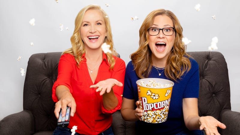 Illustration for article titled Jenna Fischer and Angela Kinsey, benevolent soup snakes, are launching the Location of job Ladies podcast