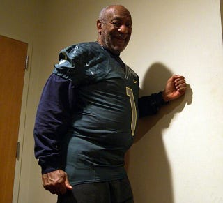 Illustration for article titled I Do Not Like This Photo Of Bill Cosby In An Oregon Ducks Uniform