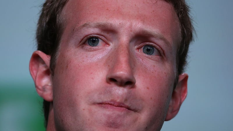 Illustration for article titled Here Are the Myriad Ways Facebook Is Getting Dunked on Right Now