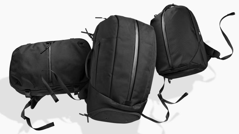 Illustration for article titled Black Friday Bests From Aer: 20% Off Backpacks, Duffels, Travel Slings, & More + Free Shipping