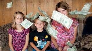 Illustration for article titled Teach Kids About Earning Money with Chore Magnets