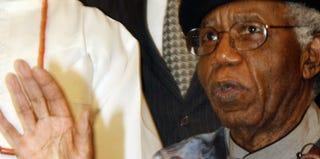 Chinua Achebe (Abayomi Adeshida/AFP/Getty Images)