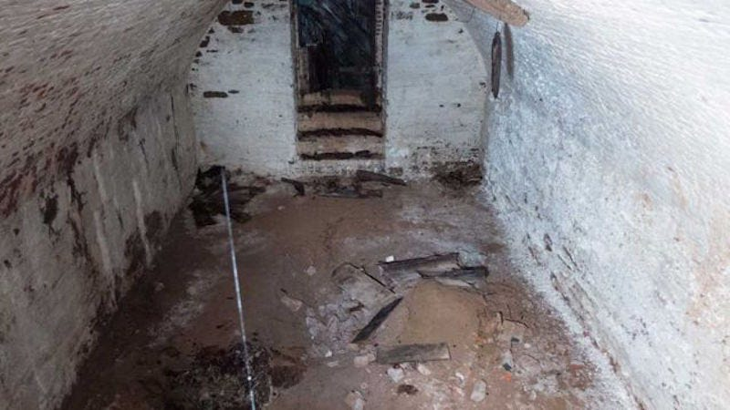 Workers discover 19th century burial vault under New York City park