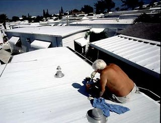 Illustration for article titled Save Money on Cooling with a White Roof