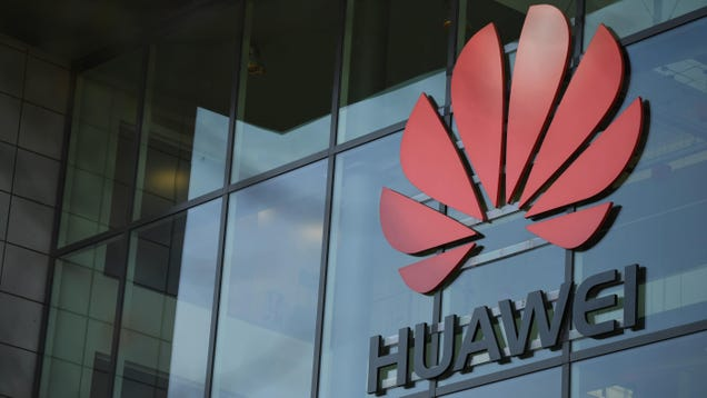 Trump Extends Executive Order Banning Huawei From Using U.S. Tech for Another Year