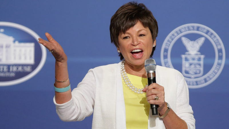 Illustration for article titled Bullshit Politico Piece Suggests Valerie Jarrett Become A Librarian