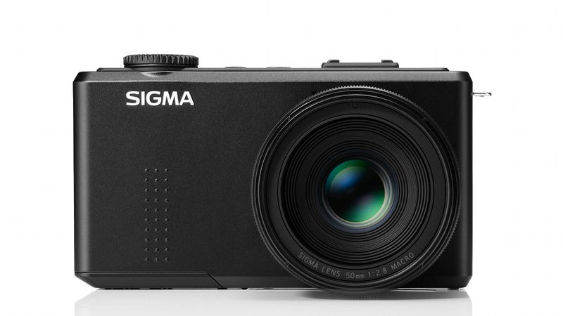 Illustration for article titled Sigma's 50mm DP3 Merrill Completes a Glorious Triumvirate of Fixed Lens Cameras