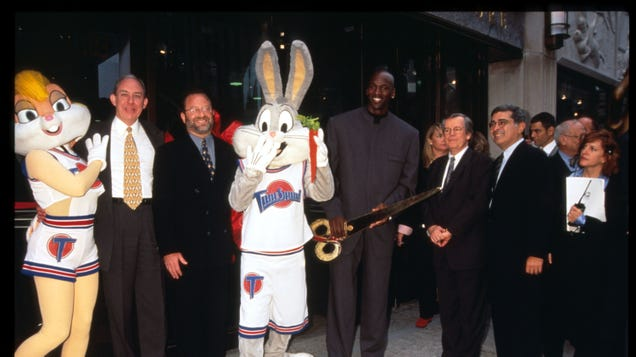 Read this: Space Jam is jam-packed with pro-union and labor rights easter eggs