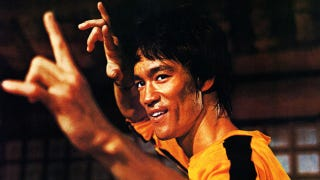 Illustration for article titled Got $40,000? Buy Bruce Lee's Shrunken Yellow Jump Suit