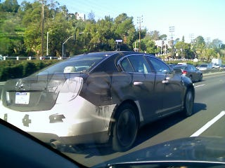 Illustration for article titled 2009 Lincoln MKS Tester Spotted On The 101