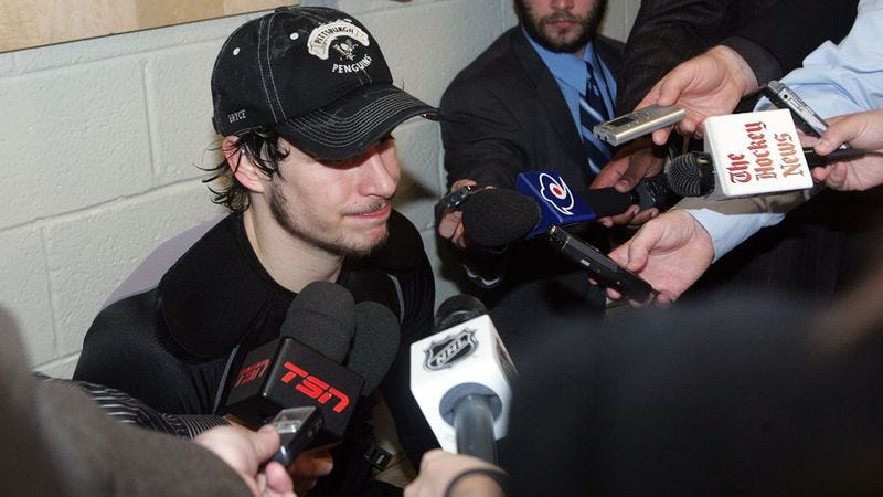 Illustration for article titled Penguins Coach Assures Everyone That Dazed, Vomiting Sidney Crosby Is Progressing Nicely