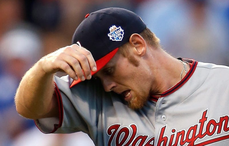 Illustration for article titled The Doctor Who Performed Stephen Strasburg's Tommy John Surgery Wasn't Asked About The Nats' Shutdown Plans [UPDATE]