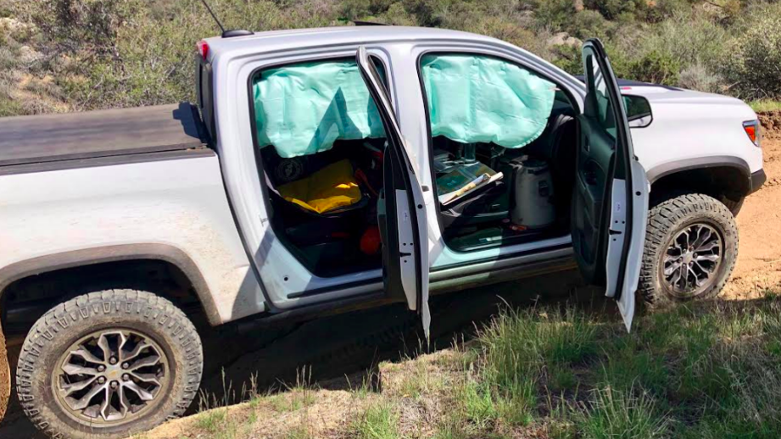 Chevrolet Will Fix Colorado ZR2s to Prevent Airbags From Deploying Off-Road