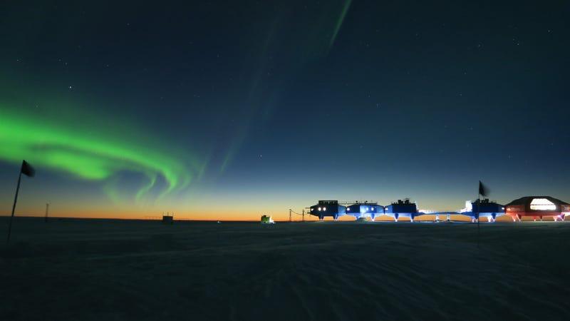 Illustration for article titled Las mejores fotos astronómicas del año nos trasladan a una dimensión paralela