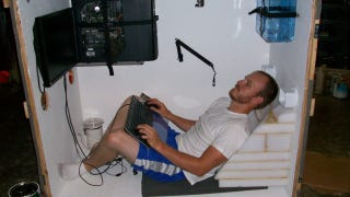 Illustration for article titled Man Ships Himself Across the Country in a Box While Gaming Online