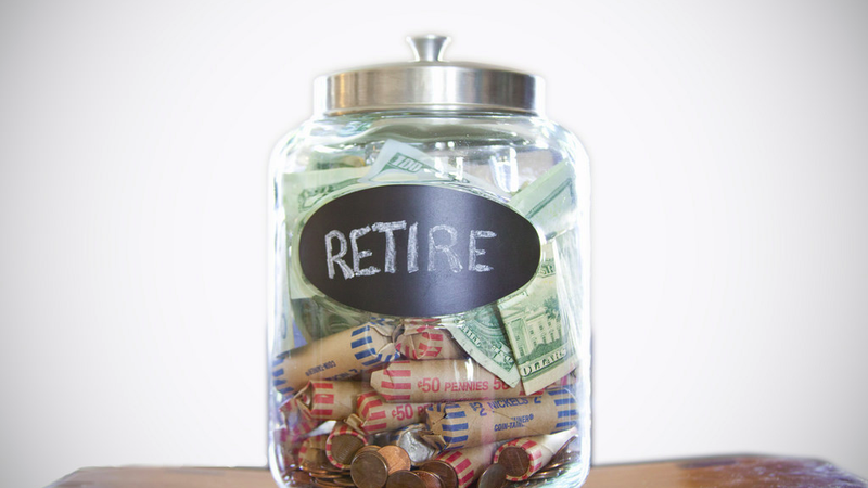 Illustration for article titled New Grads with Student Loans Might Not Be Able to Retire Until Age 75