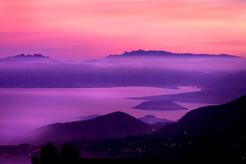 Bask in the beauty of a perfect pink and purple sunset junglespirit Choice Image