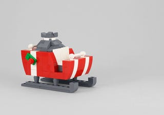 Illustration for article titled Build a Lego Santa's Sleigh with Powerpig