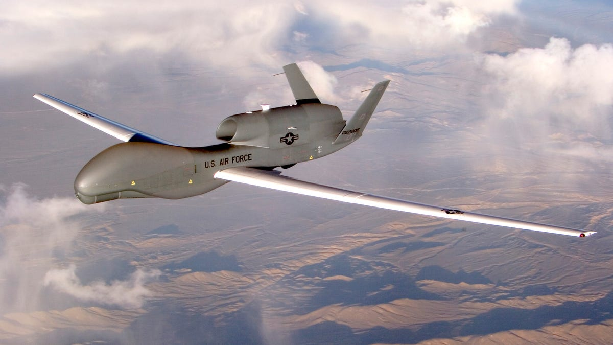 U S Air Force Rq 4 Global Hawk Drone Flew Over Ukraine With Transponder Turned On For Everyone To See
