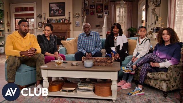 Family Reunion's Tia Mowry and Loretta Devine on season 3's big musical numbers
