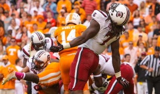 Illustration for article titled Lowsman Trophy Watch: Jadeveon Clowney Arises