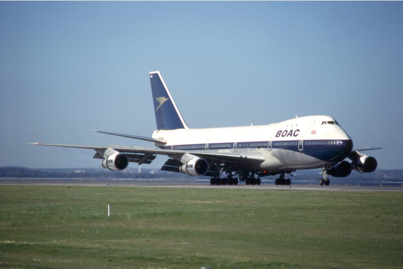 Boeing 747 of BOAC at Sydney Airport in 1972 (clipperarctic)