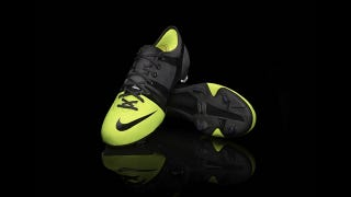 Illustration for article titled Nike's New Lightweight Soccer Boot Is Full of Beans