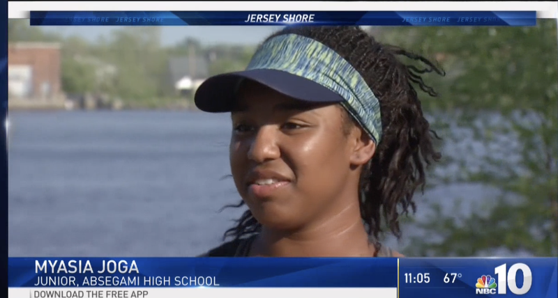 Illustration for article titled Black Teen Rower Says White Teens Called Her Rosa Parks and N-Word After Competition