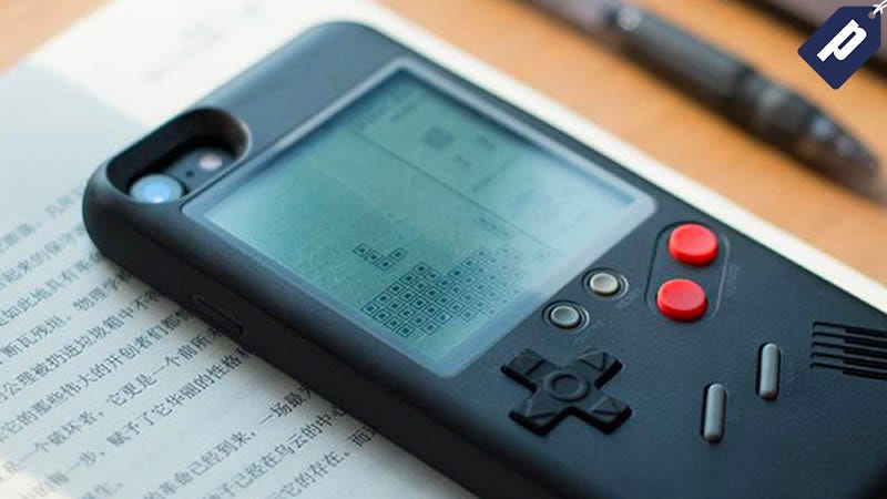 Illustration for article titled Play Classic Games On Your iPhone With The Wanle Console Case, Now 50% Off ($34)