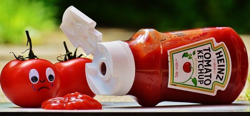 Illustration for article titled 150 años después, Heinz revela el ángulo perfecto para verter su famoso ketchup